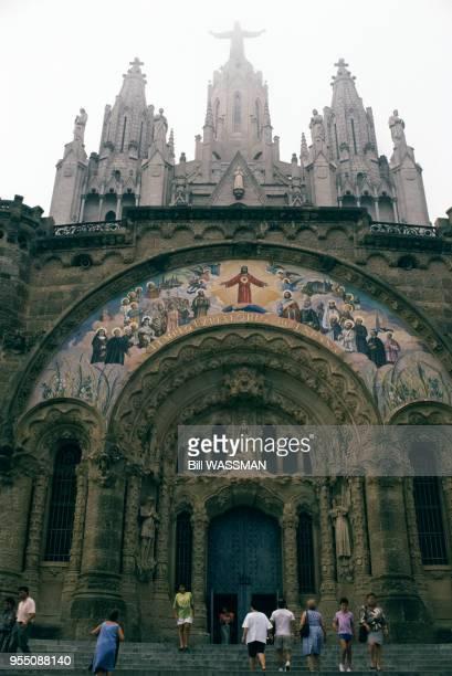Eglise du Sagrat Cor sur le mont Tibidabo à Barcelone, en novembre 1989, Espagne.