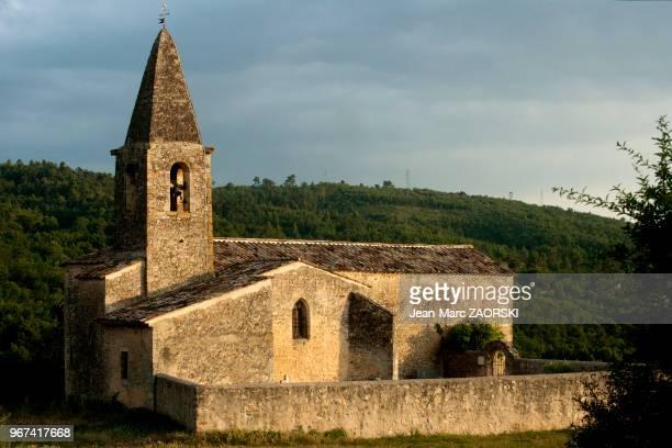 Eglise paroissiale Saint Martin classee monument historique a Saint Martin De Bromes, village des Alpes de Haute Provence, en France.