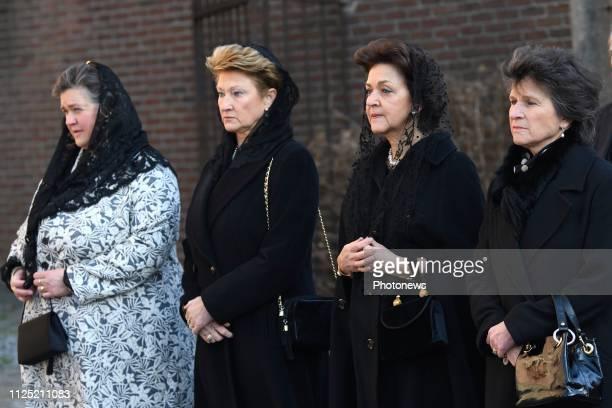 - Eglise Saint-Pierre de Beloeil : funérailles de la princesse Alix de Luxembourg, la mère du Prince Michel de Ligne - Kerk van St. Peter Beloeil :...
