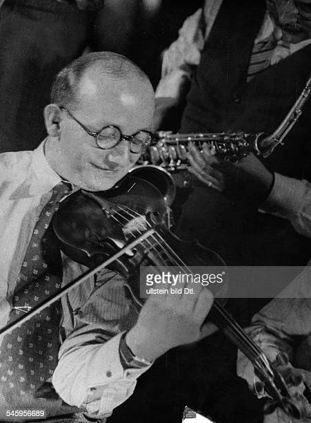 Egon KaiserKapellmeistermit Geige 1938Foto Curt Ullmann