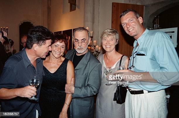 Egon Wellenbrink Ehefrau Lisa Udo Walz Name folgt Name folgt StarFrisuer Udo Walz feierte die Eröffnung seines ersten FrisuerSalons Mallorca/Spanien...
