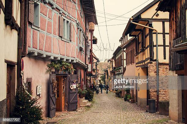 eguisheim christmas season, alsace, pays du nöel - colmar stock photos and pictures