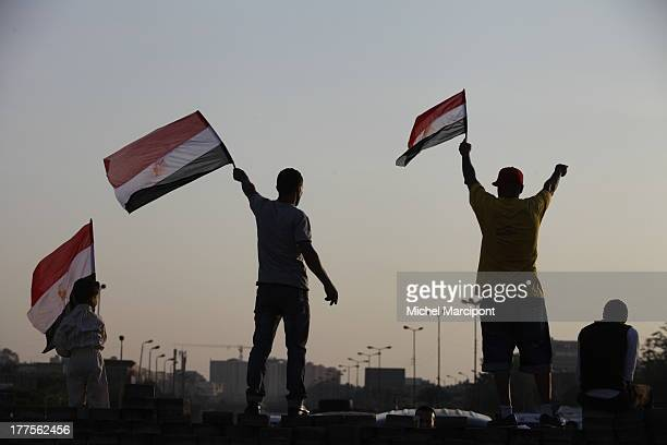 CONTENT] Egypt Cairo 9/8/2013 The two main Brotherhood sitins continue to block the Rabaa ElAdaweya cross point in Nasr City and AlNahda Square in...