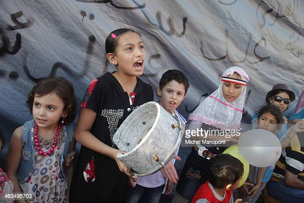 CONTENT] Egypt Cairo 9/8/2013 The two main Brotherhood sitins continue to block the Rabaa AlAdawiya crosspoint in Nasr City and AlNahda Square in...