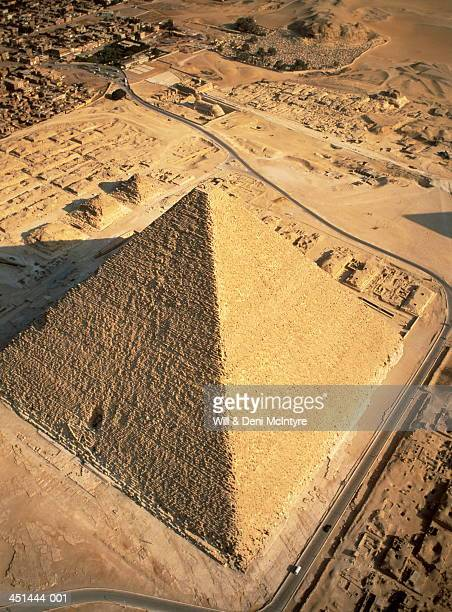 egypt, cairo, giza pyramids, cheops (or great pyramid), aerial view - giza stock pictures, royalty-free photos & images