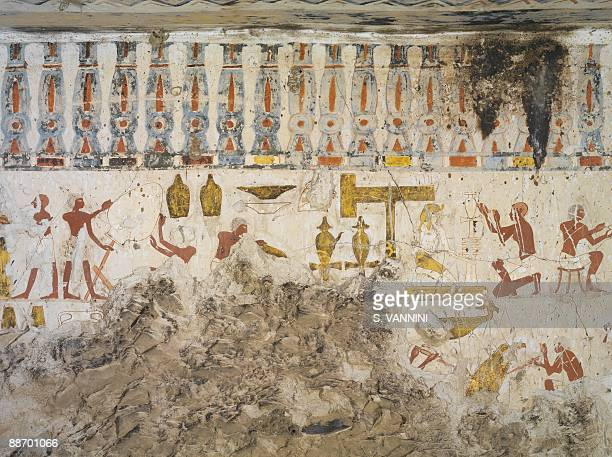 Egypt Thebes Luxor Sheikh 'Abd alQurna Tomb of city governor and vizier Hepu Mural paintings Craftsmen