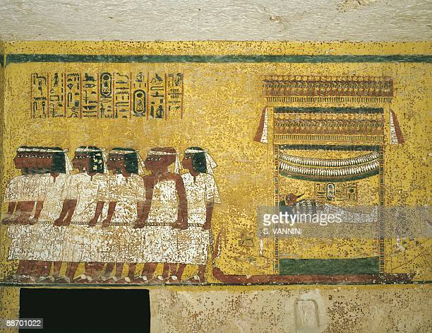 tutankhamens tomb and burial practices of pharaohs in the new kingdom egypt The discovery of king tutankhamen tomb in king tutankhamen tomb found nearby burial sites the new kingdom because it was when the pharaohs united.