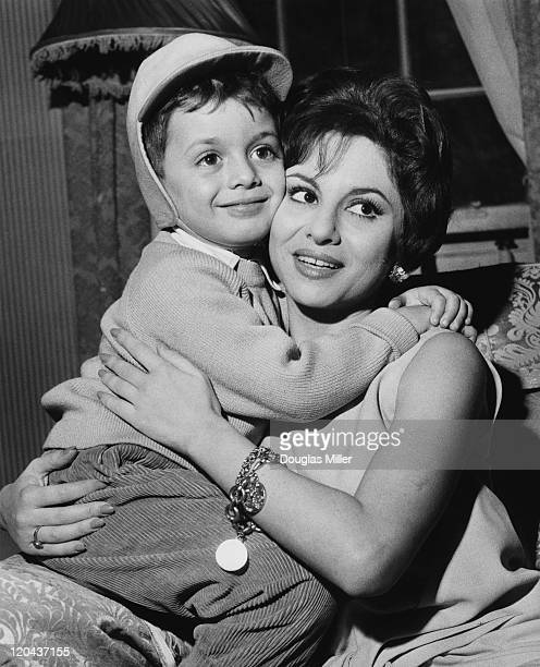 Egyptian actress Faten Hamama with her fouryearold son Tarek during a press conference in London 22nd November 1961 Tarek's father is actor Omar...