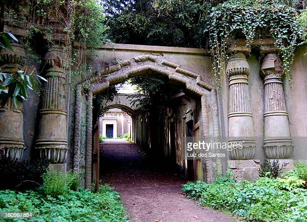 CONTENT] Egyptian Avenue at Highgate West Cemetery London