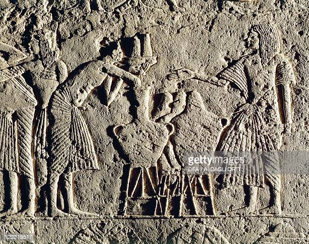 Egyptian civilization New Kingdom Dynasty XVIII 13321323 bC Life in a military camp workers employed in beverages control Relief from the tomb of...