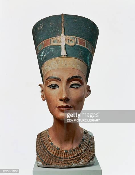 Egyptian civilization New Kingdom Dynasty XVIII Bust of Queen Nefertiti