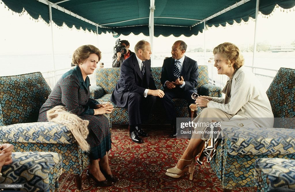 Rendezvous With Jihane El Sadat With Family Pictures