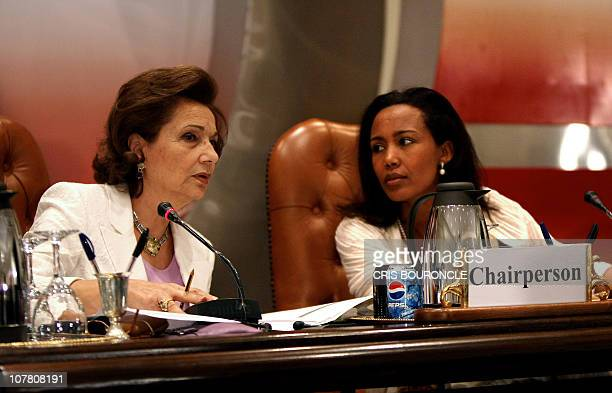 Egyptian First Lady Suzanne Mubarak and her Ethiopian counterpart Azeb Mesfin chair a meeting for the Organisation of African First Ladies against...