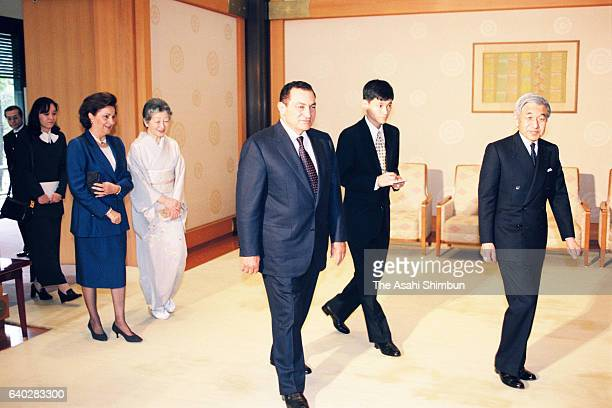 Egyptian President Hosni Mubarak and his wife Suzanne Mubarak are escorted by Emperor Akihito and Empress Michiko prior to their meeting at the...