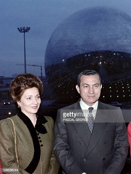 Egyptian president Hosni Mubarak and his wife Suzanne Mubarak visit the Cité des Sciences et de l'Industrie, on December 11 during an official visit...