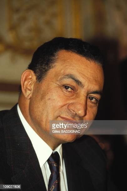 Egyptian President Hosni Mubarak on November 2, 1993 in Paris, France.