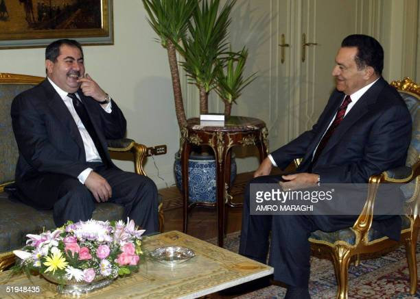 Egyptian President Hosni Mubarak receives Iraqi Foreign Minister Hoshyar Zebari at the presidential palace in Cairo 13 January 2005 Arab foreign...
