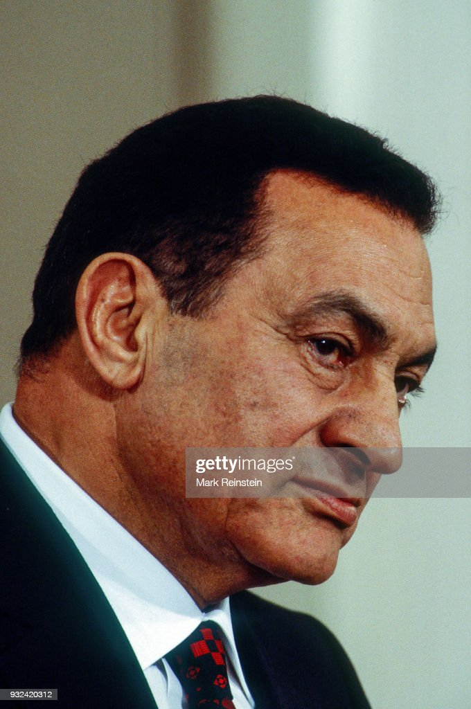 Egyptian President Hosni Mubarak speaks during a press conference in the White House's East Room, Washington DC, September 28, 1995. He was speaking following the signing of Middle East peace accords.