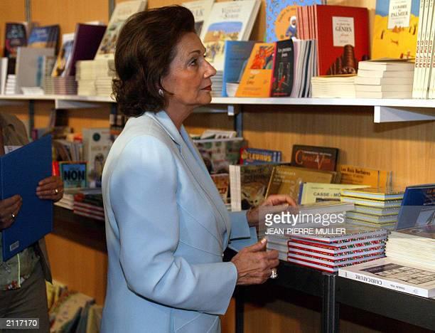 Egypt's First Lady Suzanne Mubarak attends an EgyptianEuropean Book fair outside the Arab World Institute in Paris 12 June 2003 Suzanne Mubarak...