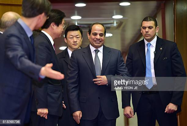 Egypt's President Abdel Fattah alSisi arrives at an airbase in Seongnam south of Seoul on March 2 2016 The Egyptian leader arrived in South Korea for...