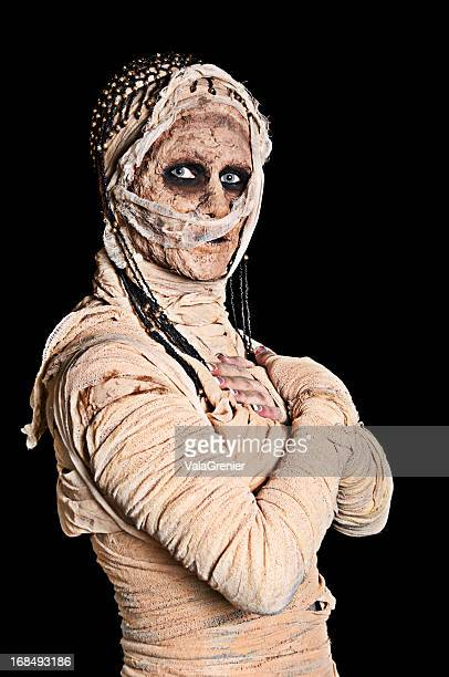 egytian mummy with crossed arms. - period costume stock pictures, royalty-free photos & images