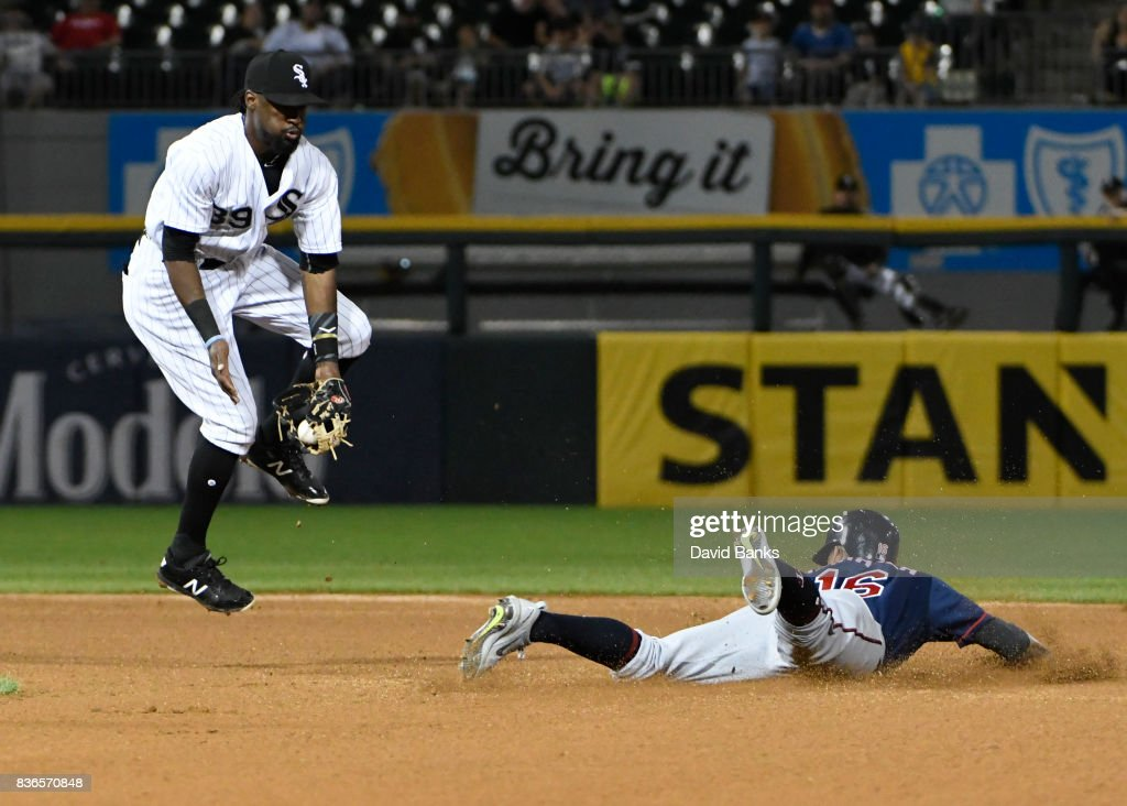 Ehire Adrianza #16 of the Minnesota Twins steals second base as Alen Hanson #39 of the Chicago White Sox takes the throw during the fourth inning in game two of a doubleheader on August 21, 2017 at Guaranteed Rate Field in Chicago, Illinois.