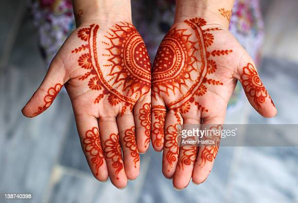 eid-ul-fitr mehndi - hari raya stock pictures, royalty-free photos & images