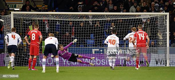 Eidur Gudjohnsen of Bolton Wanderers scores a penilty Wanderers celebra during the FA Cup Fourth Round Replay match between Bolton Wanderers and...