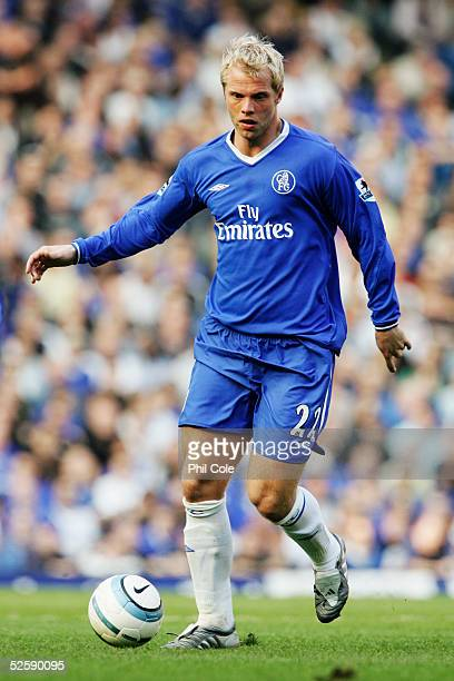 Eidur Gudjohnsen of Chelsea in action during the Barclays Premiership match between Chelsea and Crystal Palace at Stamford Bridge on March 19 2005 in...