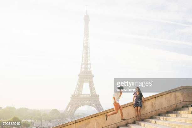 eiffel fun - international landmark stock pictures, royalty-free photos & images