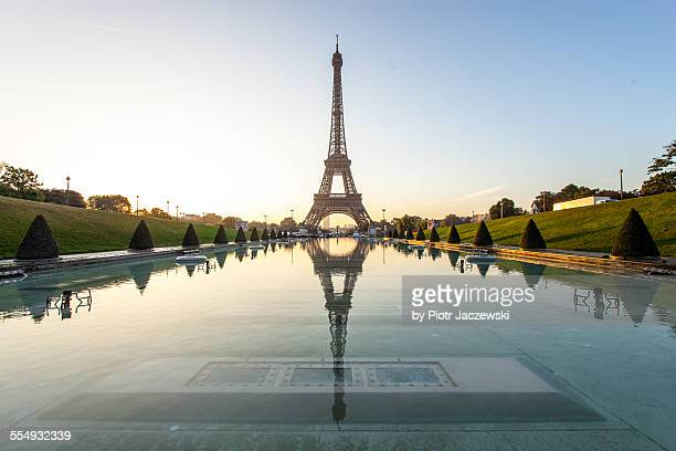 Eiffel reflection