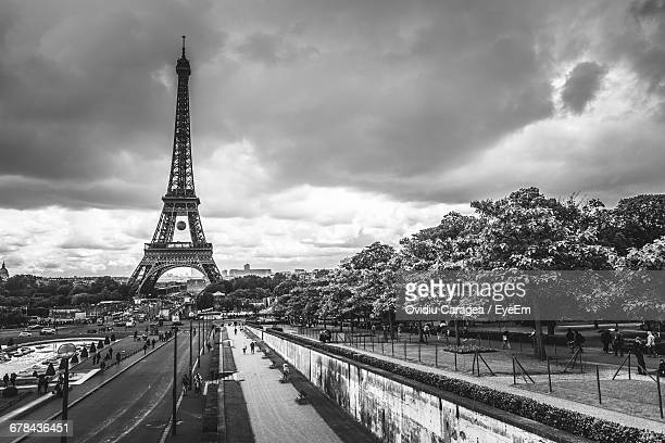 Eiffel Tower Images Black And White: Eiffel Tower Black And White Stock Photos And Pictures