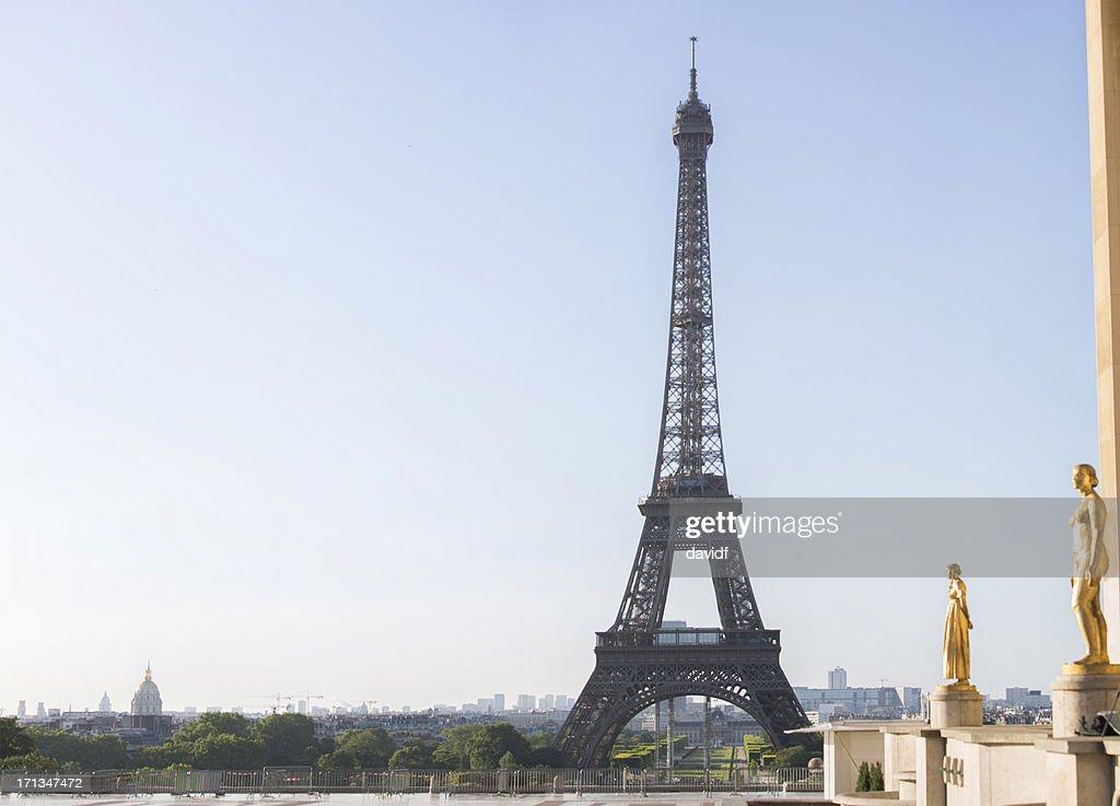 Eiffel Tower and Trocadero : Stock Photo
