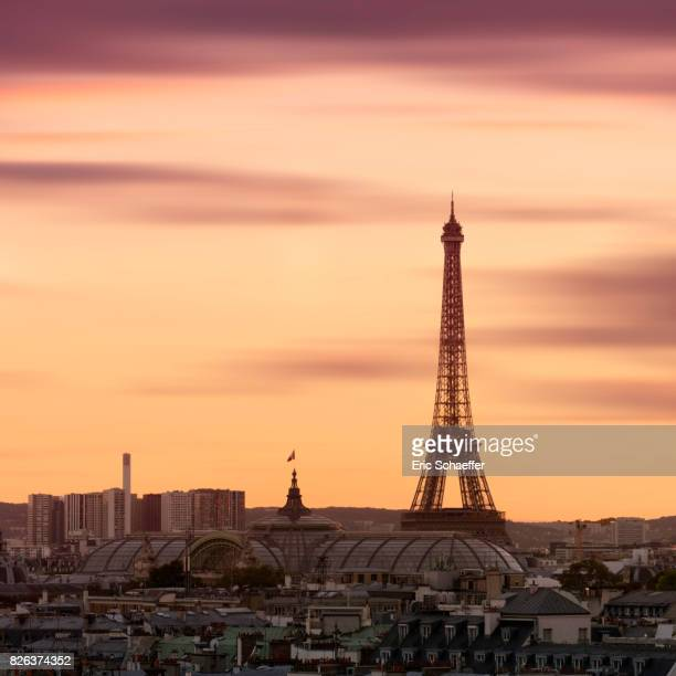 Eiffel tower at golden hour