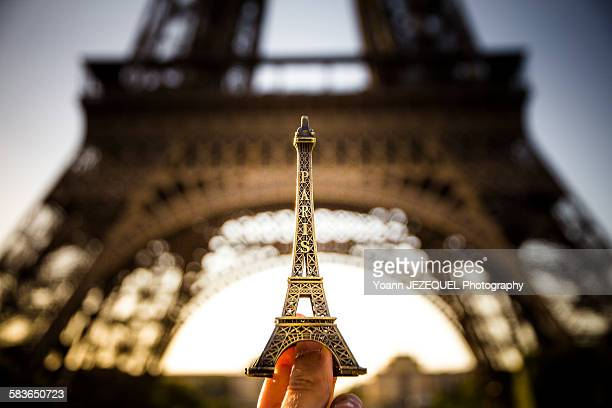 eiffel tower - gustave eiffel stock pictures, royalty-free photos & images