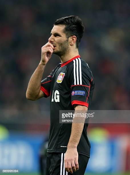 Eigentor schuetze von Emir Spahic Bayer Leverkusen Bayer Leverkusen zum 02 Championsleague Fussball Bayer Leverkusen Manchester United Saison 2013/...