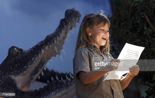 Eight-year-old Bindi Irwin, daughter of Australian environmentalist and television personality Steve Irwin, reads a tribute to her father during a...