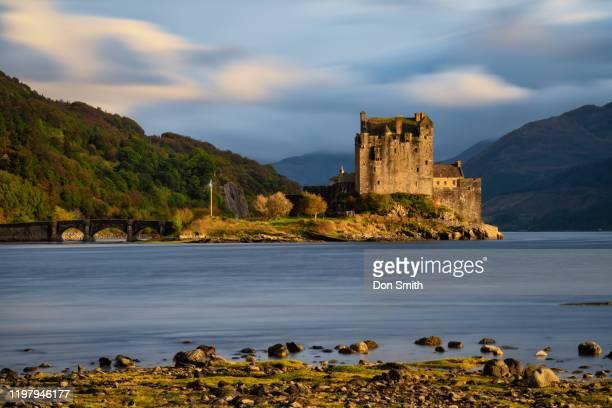 eilean donan castle, isle of skye - don smith ストックフォトと画像