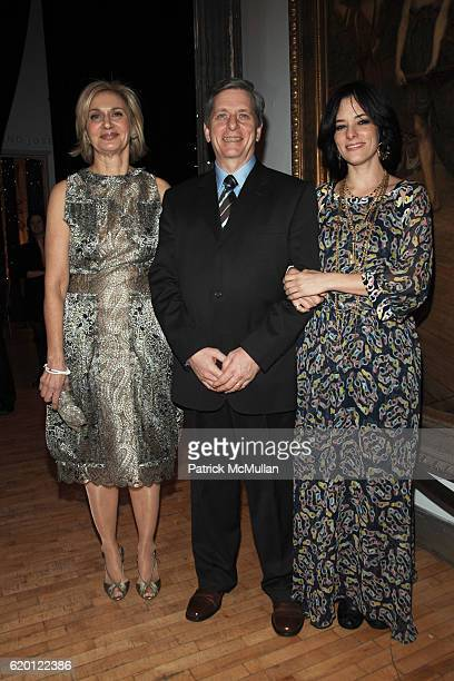 Eileen Guggenheim Larry Boland and Parker Posey attend The Tribeca Ball 25th Anniversary at The New York Acadamy of Art on February 12 2008 in New...