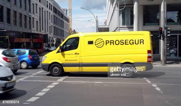 Ein Fahrzeug vom Geldtransport Unternehmen Prosegur aufgenommen auf der Leipziger Strasse in Berlin Mitte