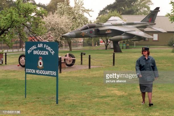 Ein Jaguar-Jagdflugzeug auf dem Gelände des Royal Air Force-Stützpunktes in Brüggen-Elmpt an der deutsch-holländischen Grenze, der im Jahr 2002...