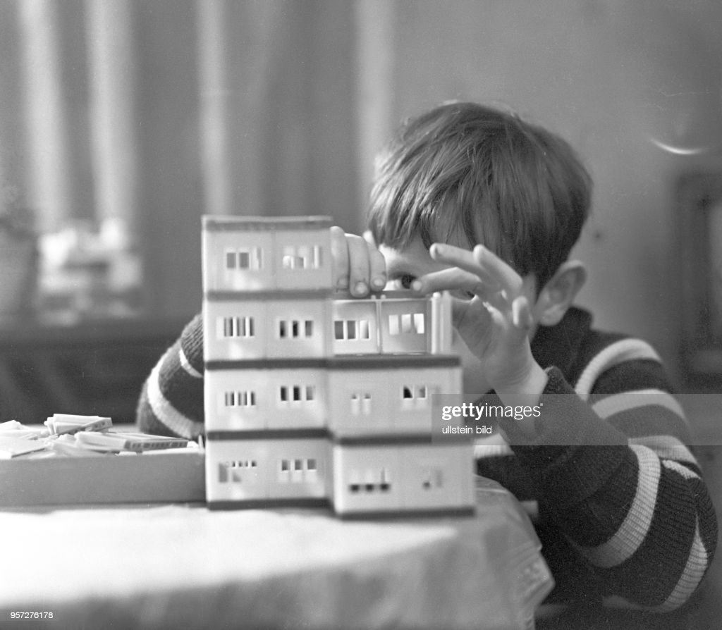 Ddr Junger Baumeister 1962 Pictures Getty Images