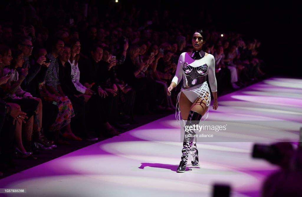 Fashion Week Berlin - Maybelline : News Photo