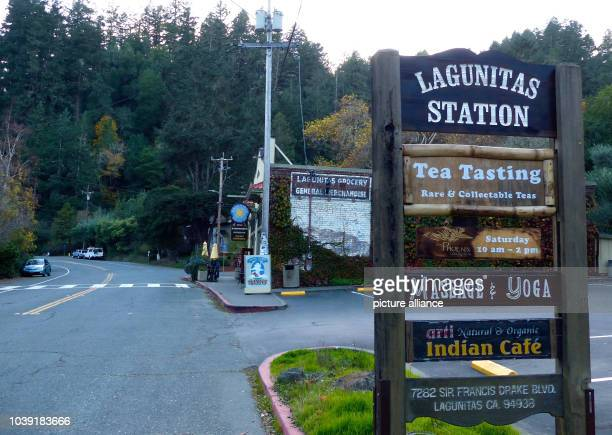 Ein Straßenzug in der kleinen Ortschaft Lagunitas in der der Schauspieler Klaus Kinski seine Blockhütte hatte ist am in Langunitas zu sehen Foto...