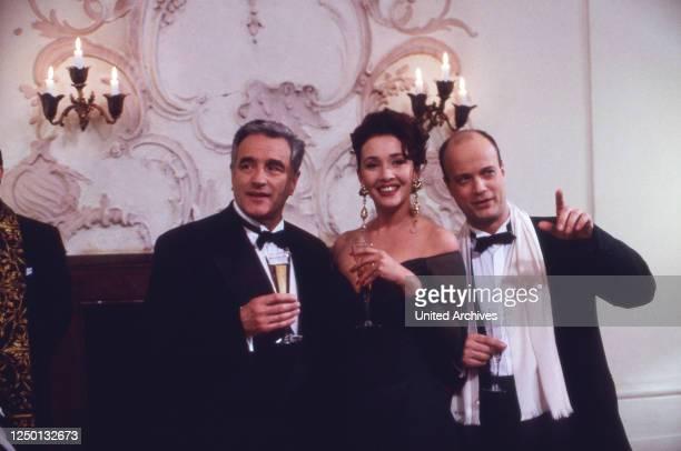 Ein unvergeßliches Wochenende, Folge: In Salzburg, Fernsehserie, Deutschland 1993, Regie: Frank Strecker, Darsteller: Michael Degen, Michele Marian,...