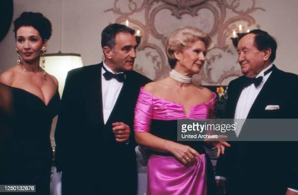 Ein unvergeßliches Wochenende, Folge: In Salzburg, Fernsehserie, Deutschland 1993, Regie: Frank Strecker, Darsteller: Michele Marian, Michael Degen,...