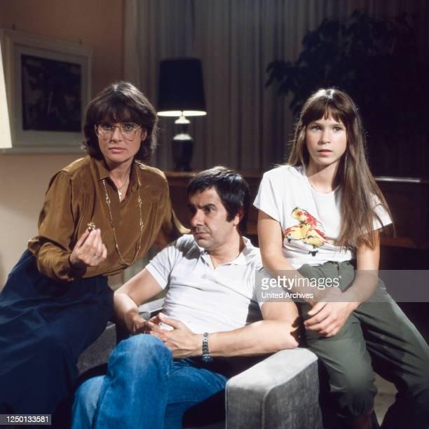 Ein zauberhaftes Biest Fernsehserie Deutschland 1981 Darsteller Cordula Trantow Gerd Baltus Beate Bock