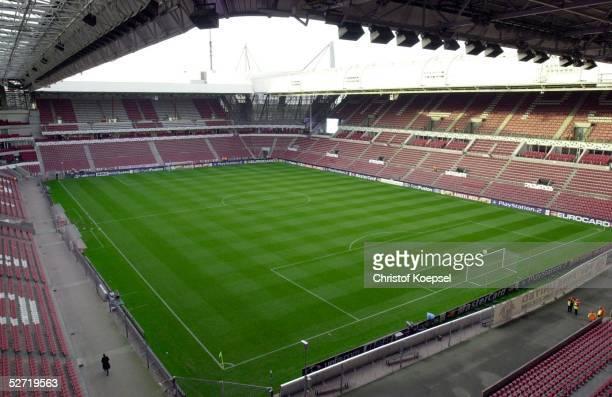 LEAGUE 02/03 Eindhoven PSV EINDHOVEN ARSENAL LONDON 04 UEBERSICHT PHILIPS STADION