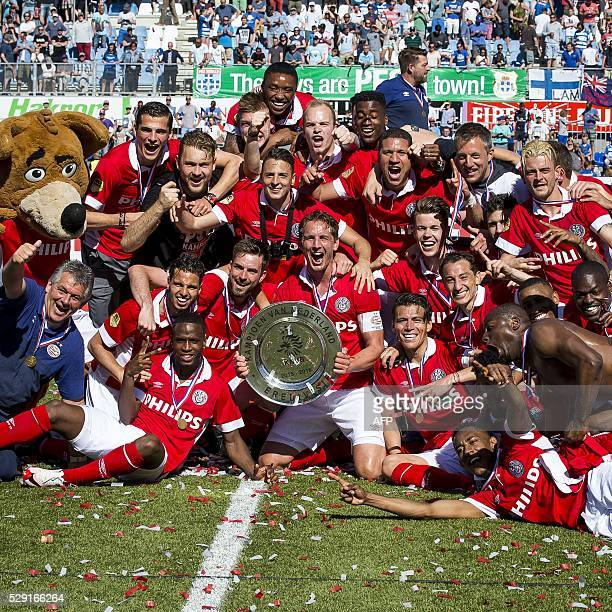 PSV Eindhoven teammates celebrate the national Soccer Championship of the Netherlands after the Dutch Eredivisie match PEC Zwolle vs PSV Eindhoven in...