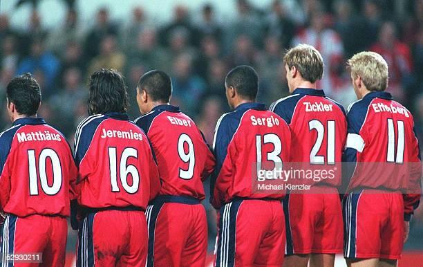 LEAGUE 99/00 Eindhoven/NED PSV EINDHOVEN FC BAYERN MUENCHEN 21 MAUER FC BAYERN MUENCHEN